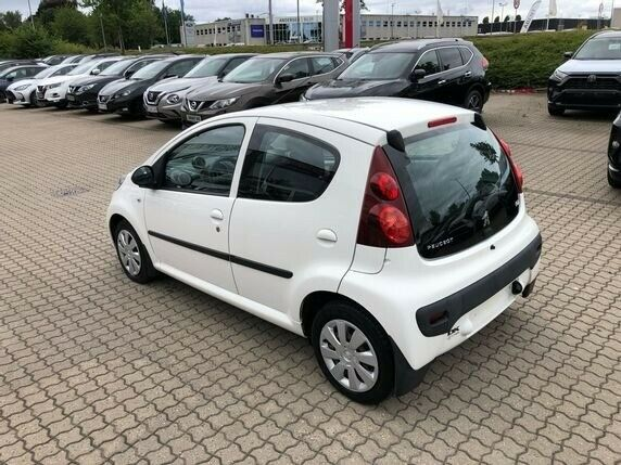 Peugeot 107 Cool 1,0 Benzin 68 Hk (2014)