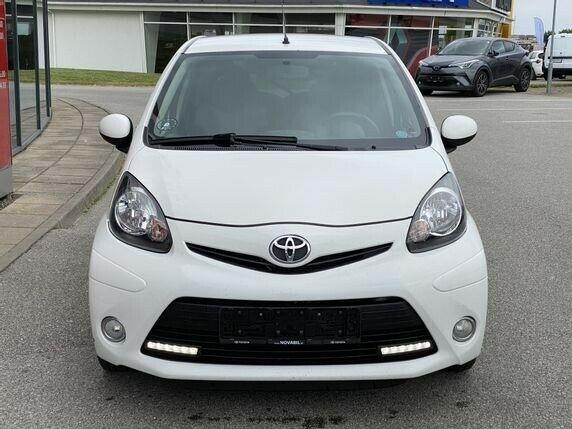 Toyota Aygo VVT-i T2 Air 1,0 Benzin 68 Hk (2012)