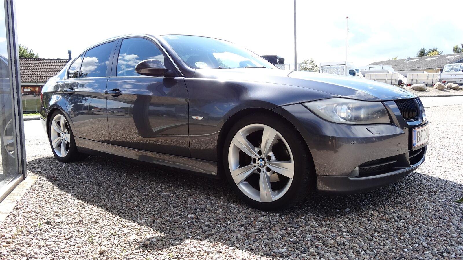 BMW 325i  2,5 Benzin 218 Hk (2005)